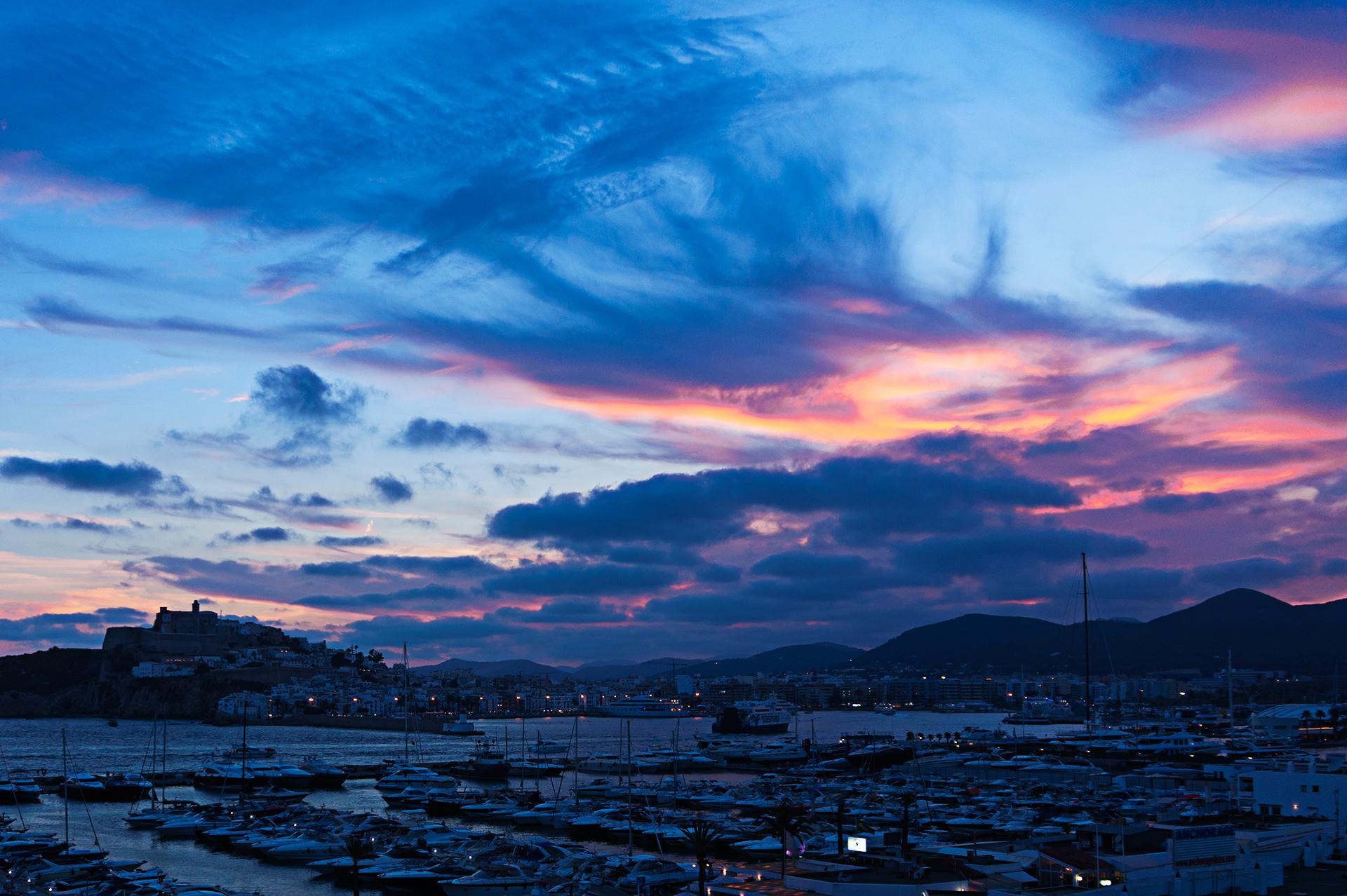 Blaue Stunde in Ibiza