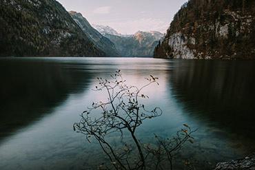 Langzeitbelichtung vom Königssee im Herbst - www.matthias-foto.de