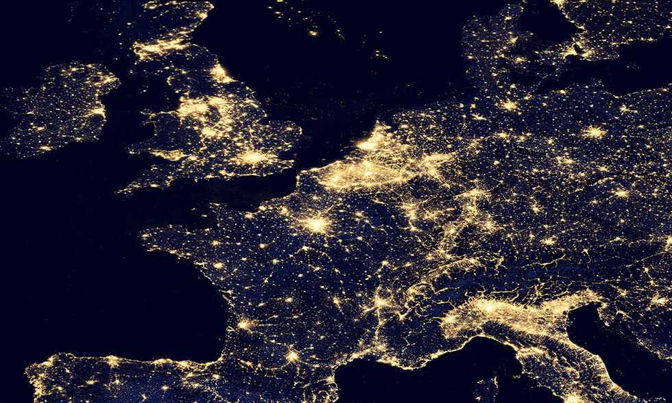 Lichtverschmutzung in Europa (Karte) - www.matthias-foto.de
