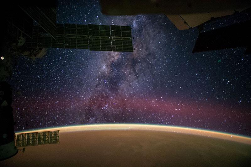 Milchstraßen Galaxie von der ISS (Image Credit: NASA/ Reid Wiseman) - www.matthias-foto.de